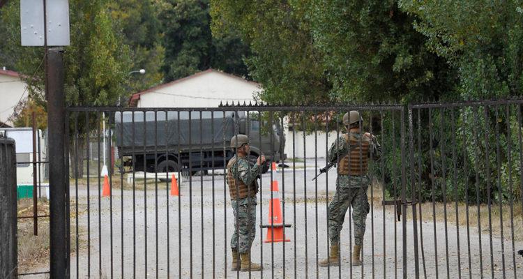 Carabineros detiene a conscriptos y recupera fusil tras robo en regimiento Chacabuco de Concepción