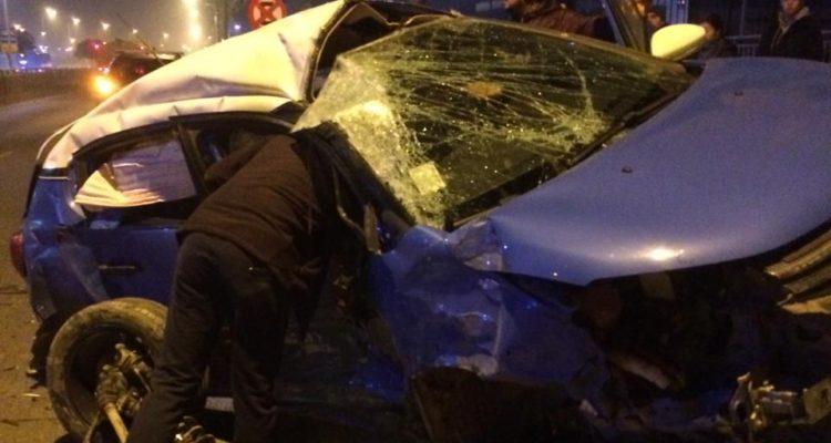 Una persona atrapada al interior de un vehículo deja colisión en avenida Colón en Talcahuano Por Manuel Stuardo