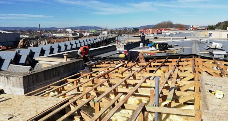 Vecinos de condominio de Talcahuano aseguran que tras el paso de la tromba aún no reciben ayuda