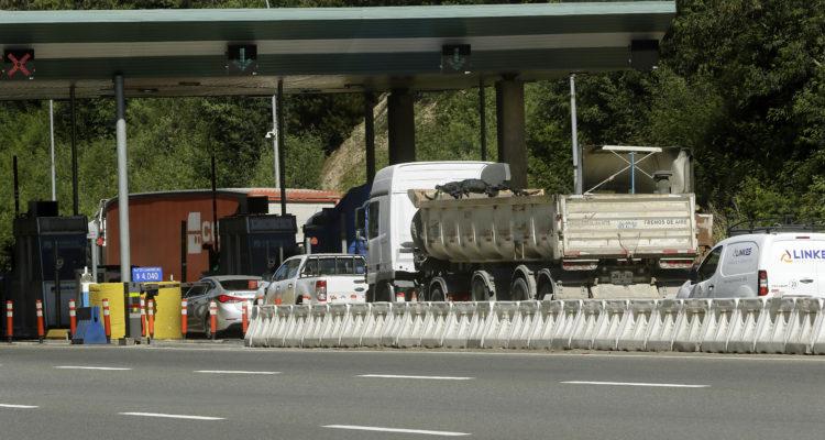 Concesionaria Globalvía presentará denuncia por levantamiento de barreras de peaje en Agua Amarilla