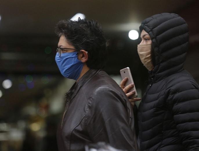 Salud en el Biobío prevé mejoras a inicios de mayo y evalúa nuevas medidas para evitar contagios