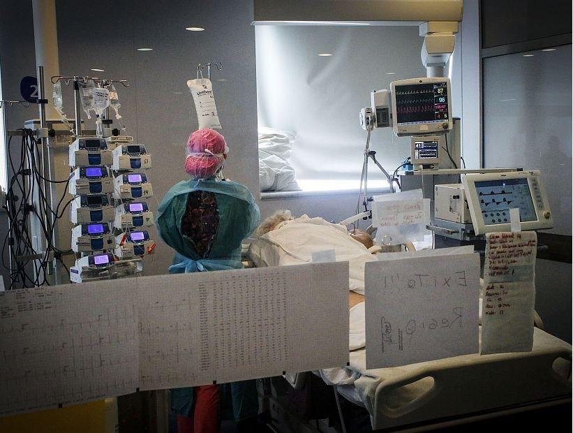 Aumentan muertes por Covid-19 en personas menores de 60 años en el Biobío